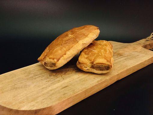Afbeelding van Saucijzenbroodje